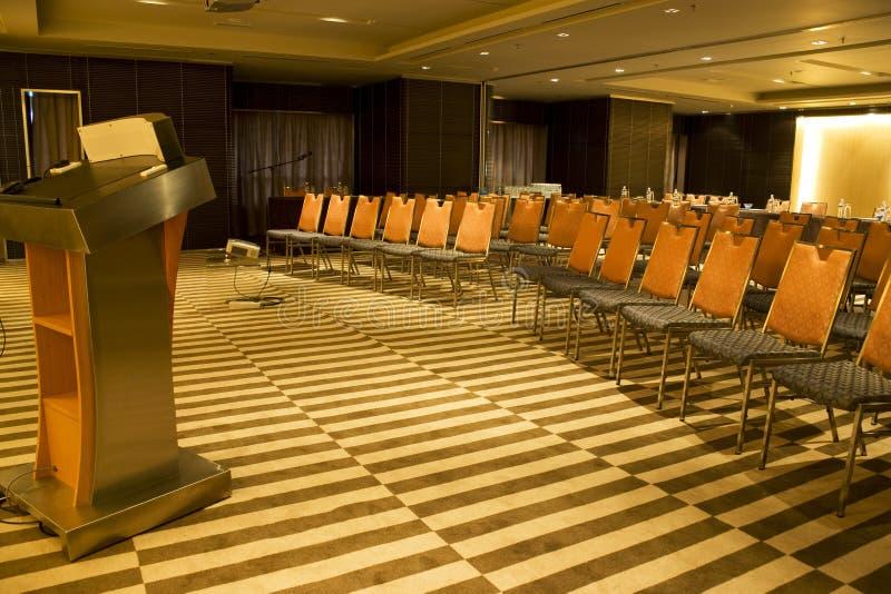 Moderner Seminar-Raum lizenzfreie stockfotos