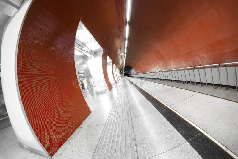 Moderner Stationsinnenraum stockfoto