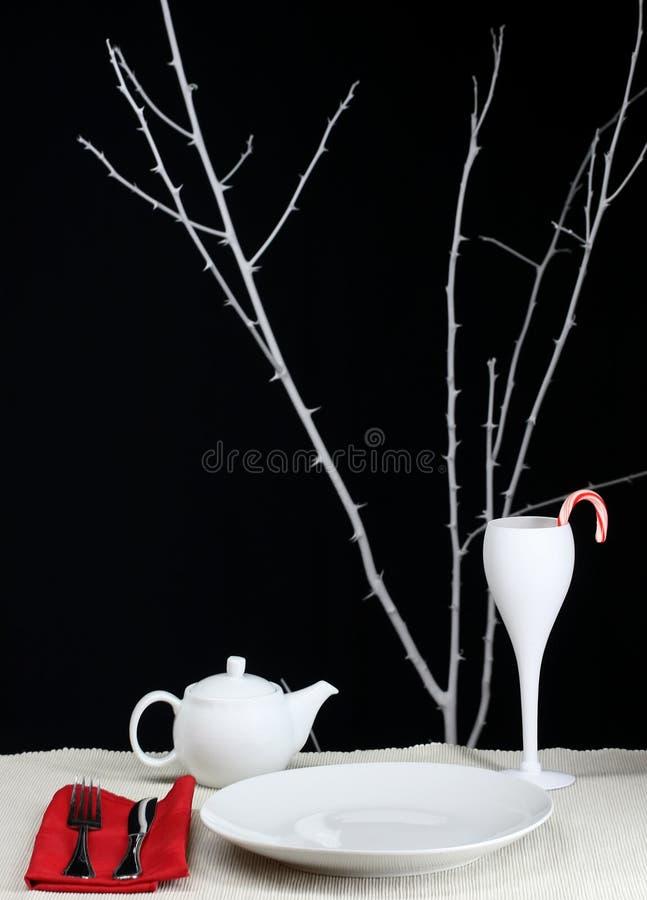 Moderner Weihnachtsabendtisch stockfoto