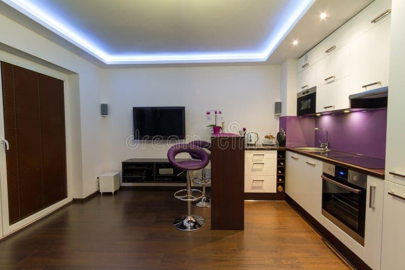 Moderner Wohnzimmerinnenraum stockfotografie