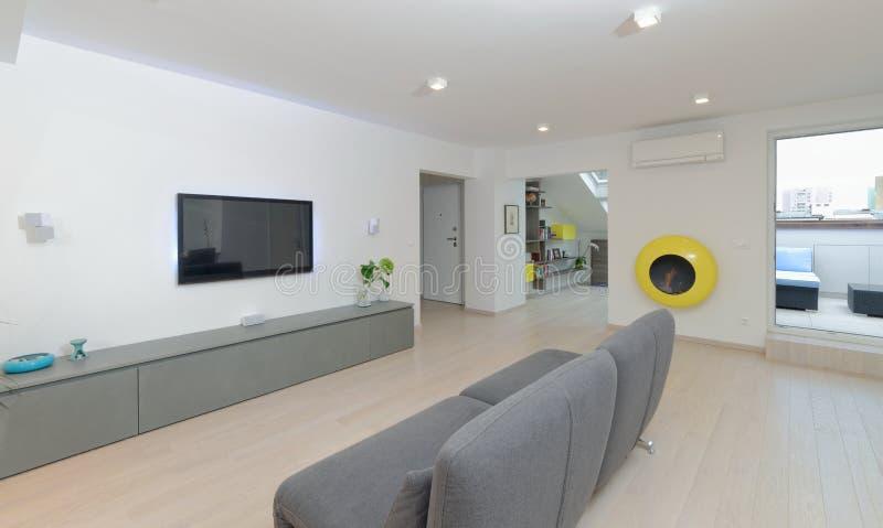 Moderner Wohnzimmerinnenraum lizenzfreies stockfoto