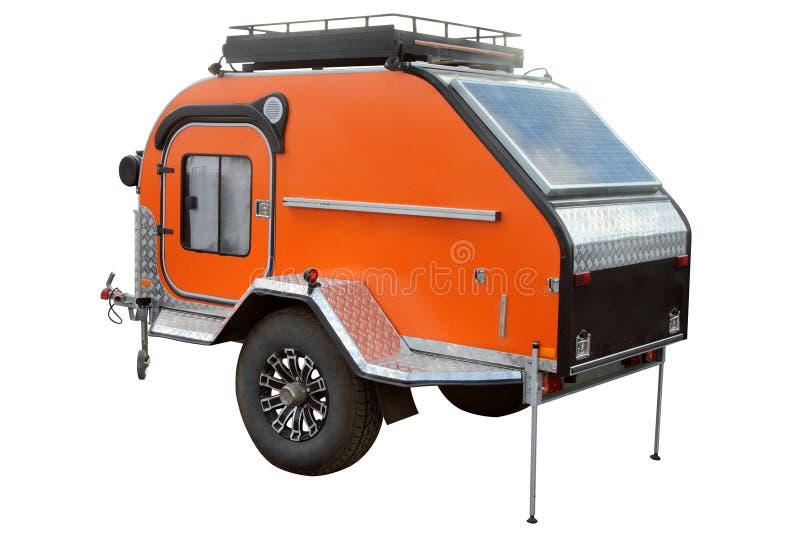 Modernes Automobilwohnmobil mit Sonnenkollektoren auf dem Dach stockbilder