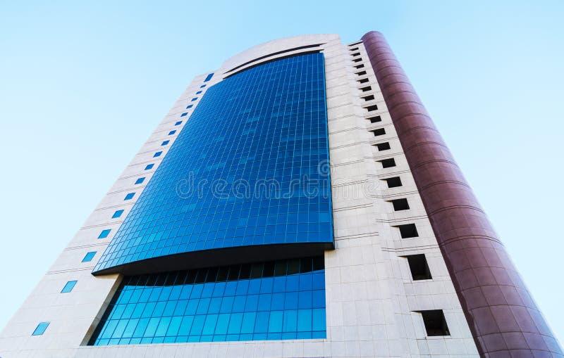 Modernes Bürogebäude stockbild