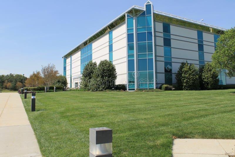 Modernes Bürohaus stockfoto