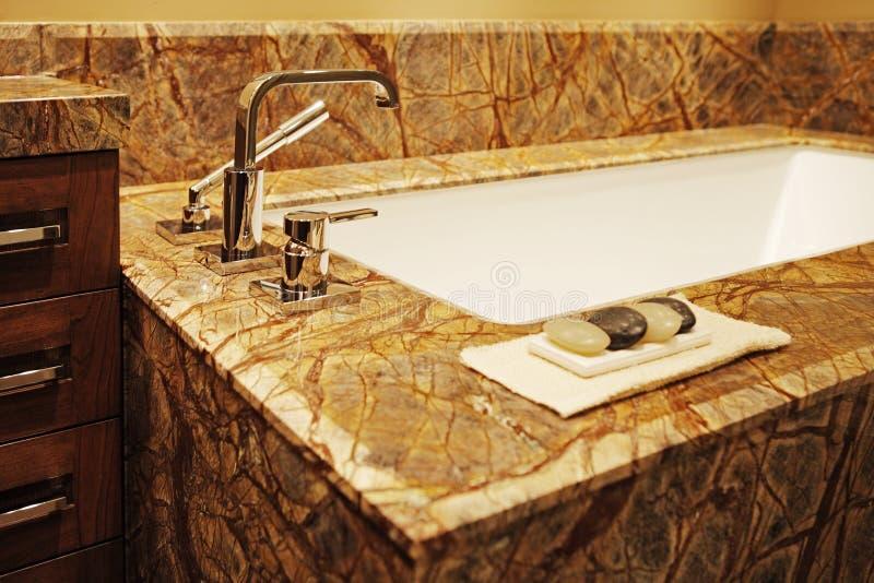 Modernes Badezimmer. lizenzfreies stockfoto