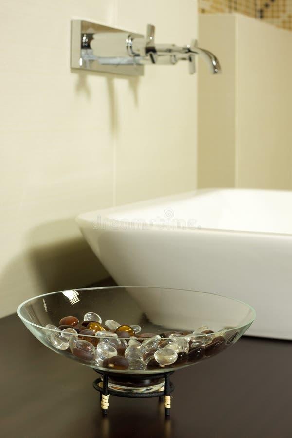 Modernes Badezimmer lizenzfreie stockfotos