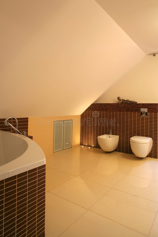 Modernes Badezimmer stockfoto