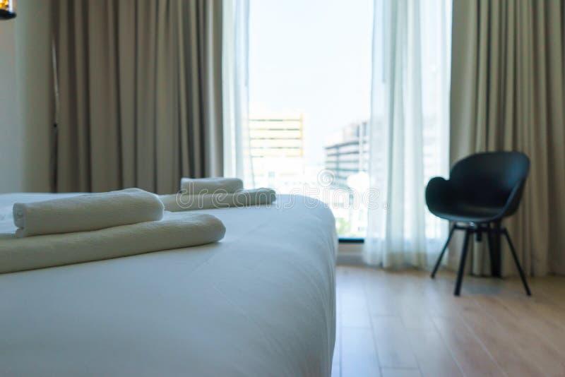 Modernes Design-schönes Schlafzimmer stockfotografie