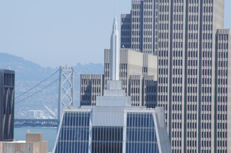 Modernes Gebäude, amerikanische Stadt stockfoto