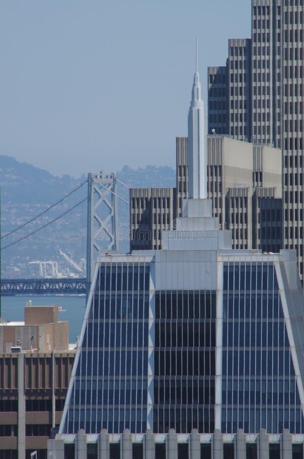 Modernes Gebäude, amerikanische Stadt stockbilder