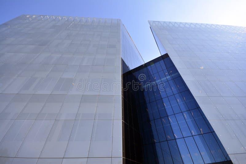 Modernes Gebäude im Glas stockbild