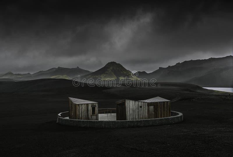 Modernes Häuschen in Island lizenzfreies stockbild