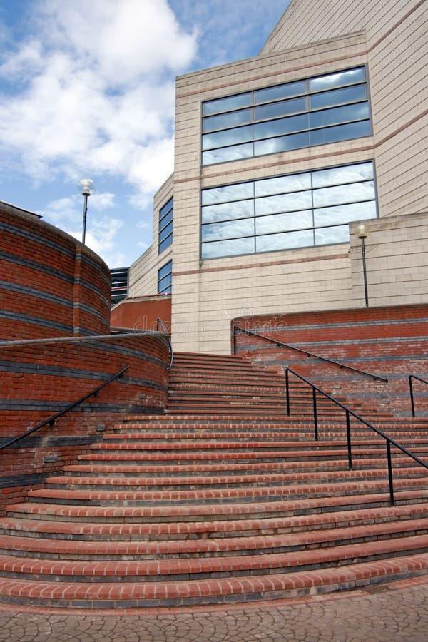 Modernes Handelsgebäude, Birmingham, England lizenzfreie stockbilder