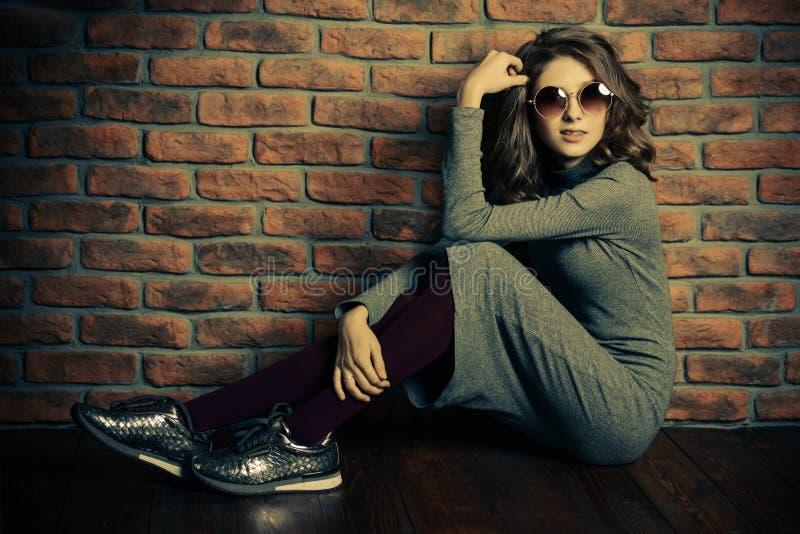 Modernes Hippie-Mädchen lizenzfreie stockfotografie
