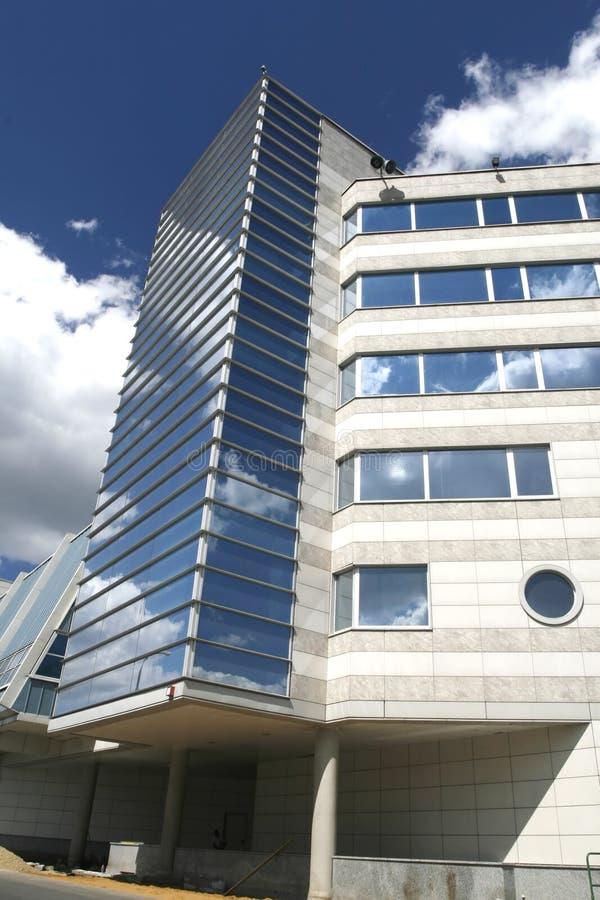 Modernes Industriegebäude 18 lizenzfreie stockfotos