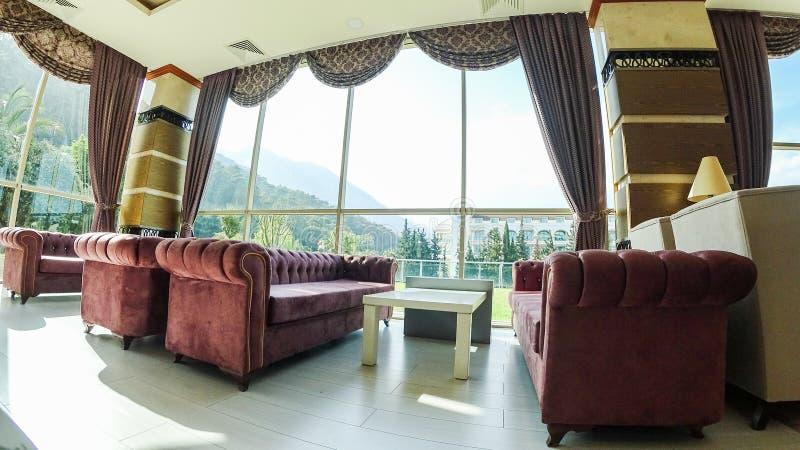 Modernes luxuriöses Lobby-Interieur im Hotel in Kemer stockbild