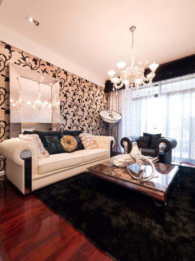 Modernes Luxuxwohnzimmer stockfotos