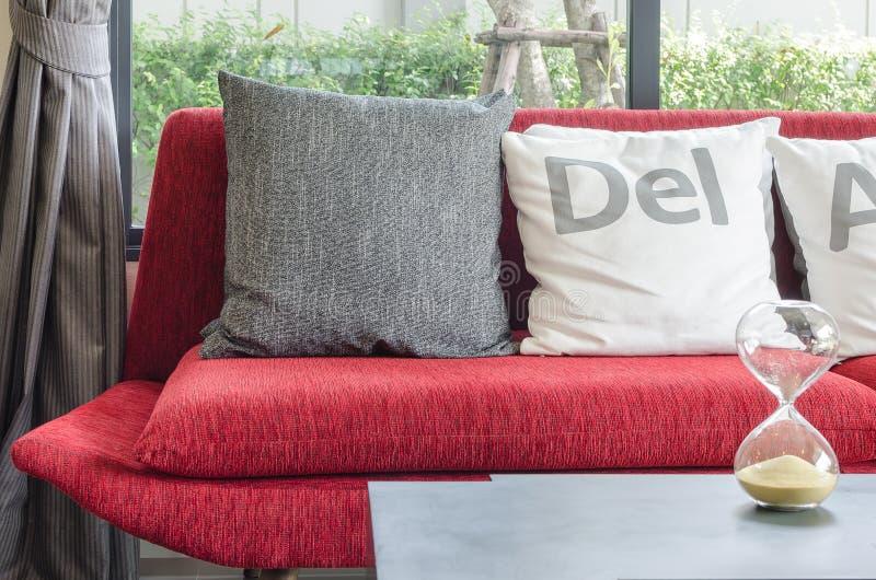 kissen im excellent kuscheliges kissen im safaristyle cactus with kissen im awesome kissen im. Black Bedroom Furniture Sets. Home Design Ideas