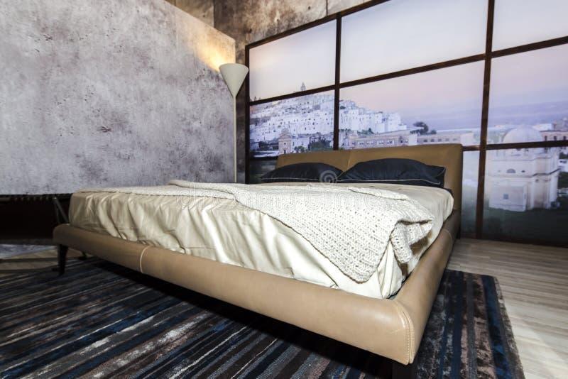 Modernes Schlafzimmerfoto lizenzfreie stockfotos