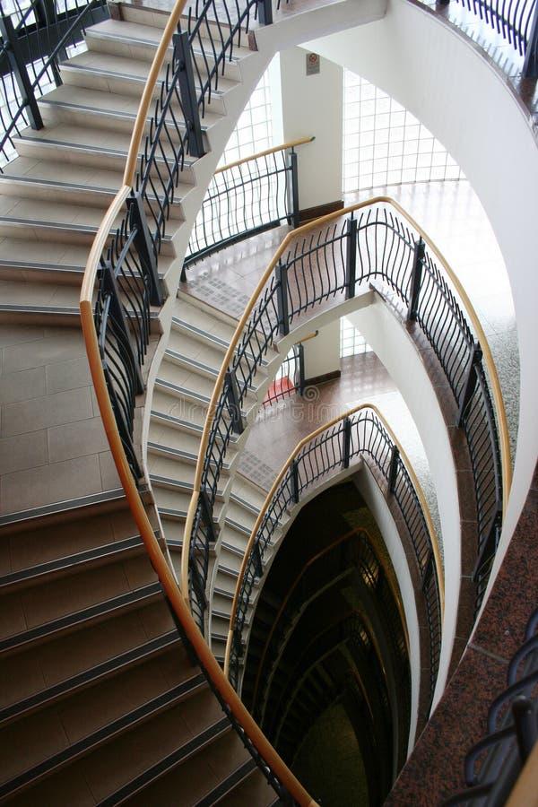 Modernes Treppenhaus stockbild