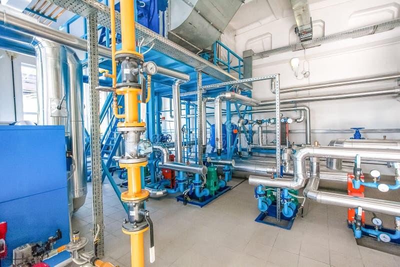 Modernes Wasser pumpingat an der Fabrik lizenzfreie stockfotografie