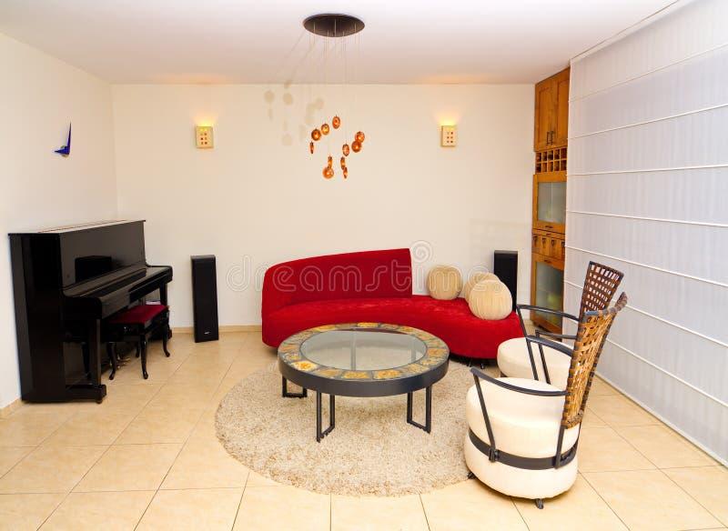 Modernes Wohnzimmer lizenzfreie stockfotos