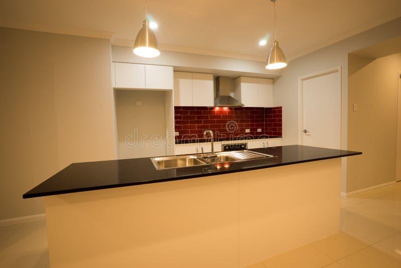 Modernes zeitgenössisches Küchen-Design 02 stockfotos