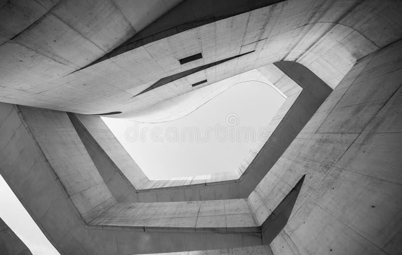 Modernistic arkitektur från en byggnad i Porto Alegre arkivbilder