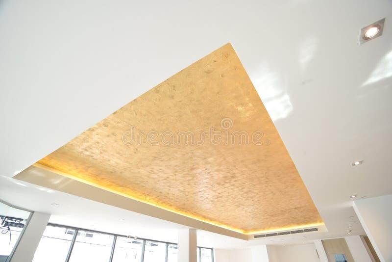 Moderno de luzes de teto imagem de stock royalty free