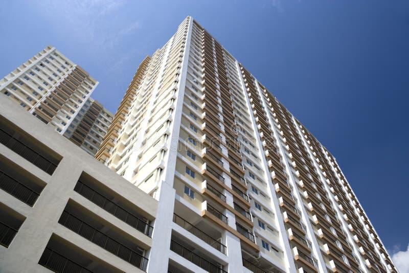 Moderno Olá!-Levantam-se os apartamentos imagens de stock royalty free
