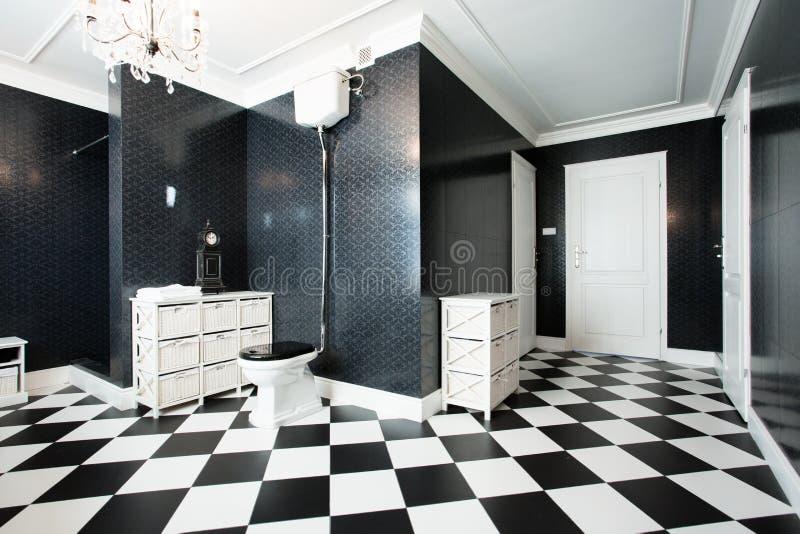 Modernt badrum royaltyfria foton