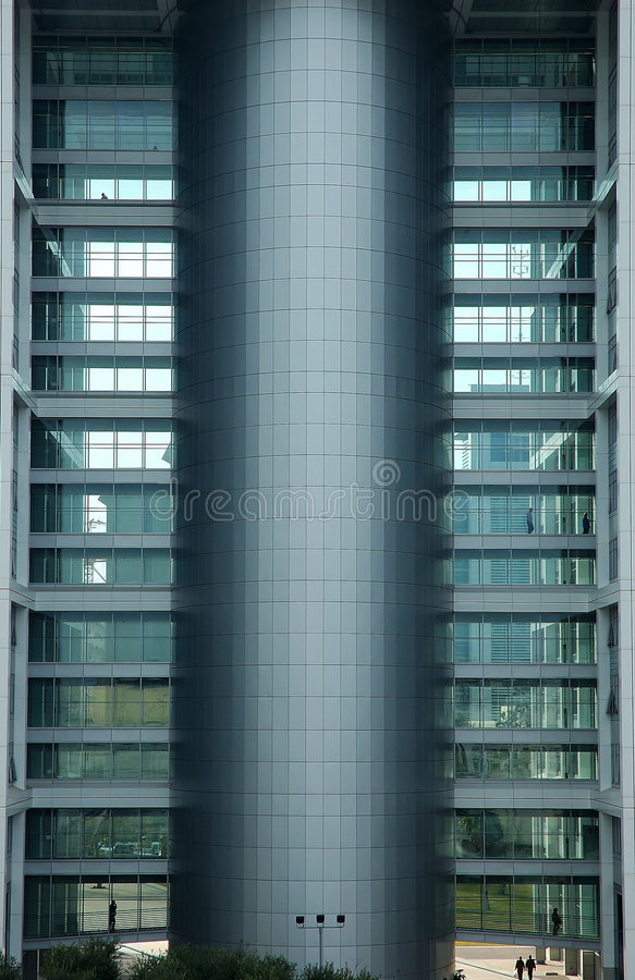 Download Modernt byggande arkivfoto. Bild av facing, geometri, silhouette - 503454