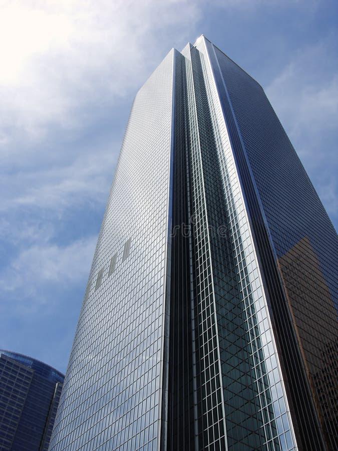 modernt byggnadsaffärsexponeringsglas royaltyfri bild
