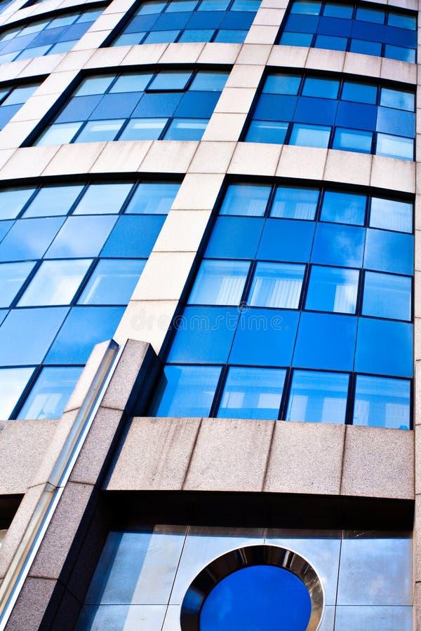 modernt kontor för abstrakt kantjustering arkivfoton