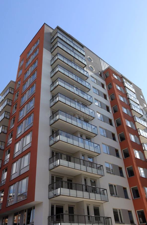 modernt lägenhetbyggande arkivfoto