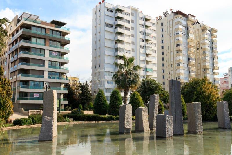 Modernt lägenhetstadsliv arkivfoton