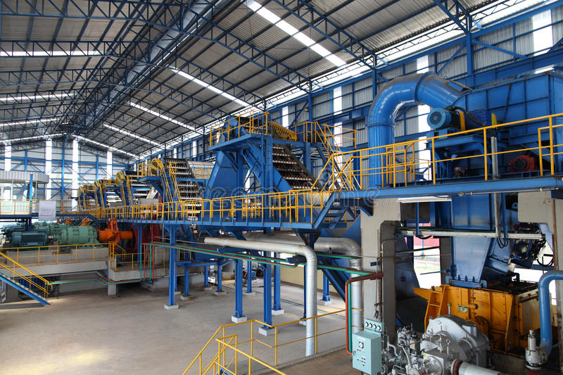 Modernt socker maler fabriksmachiner royaltyfri foto