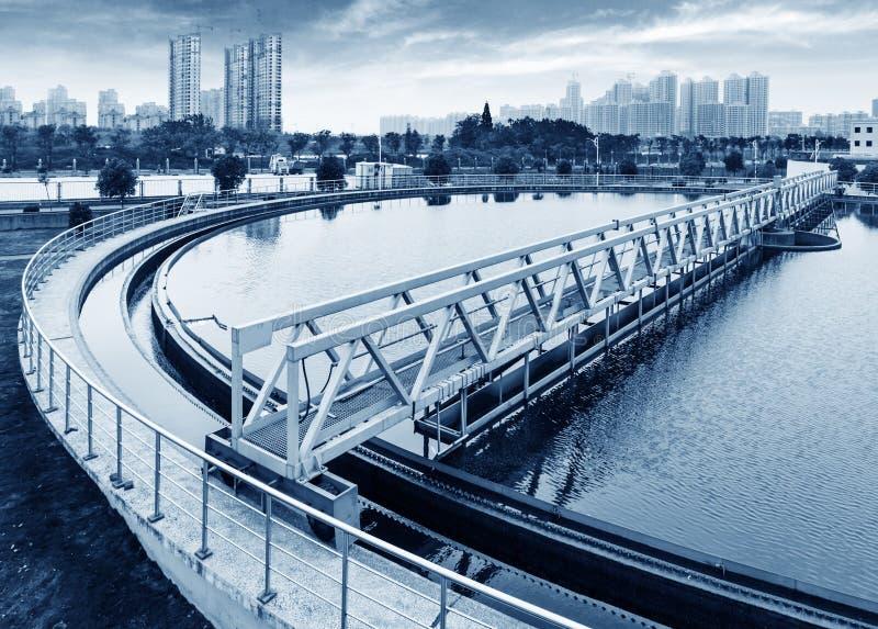 Modernt stads- avloppsvattenreningsverk i shanghai royaltyfria bilder