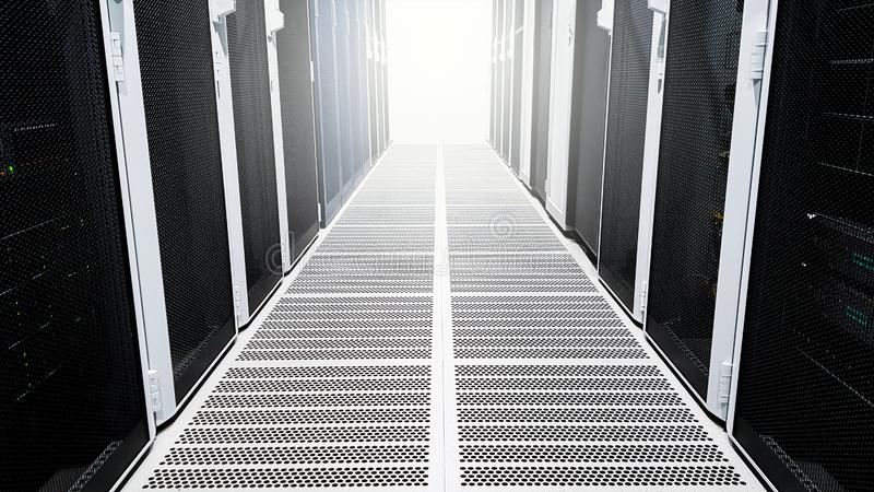 Modernt stort hall för korridor för dataserverrum med höga kuggar som är fulla av nätverksserveror och lagringsblad och soll arkivbild