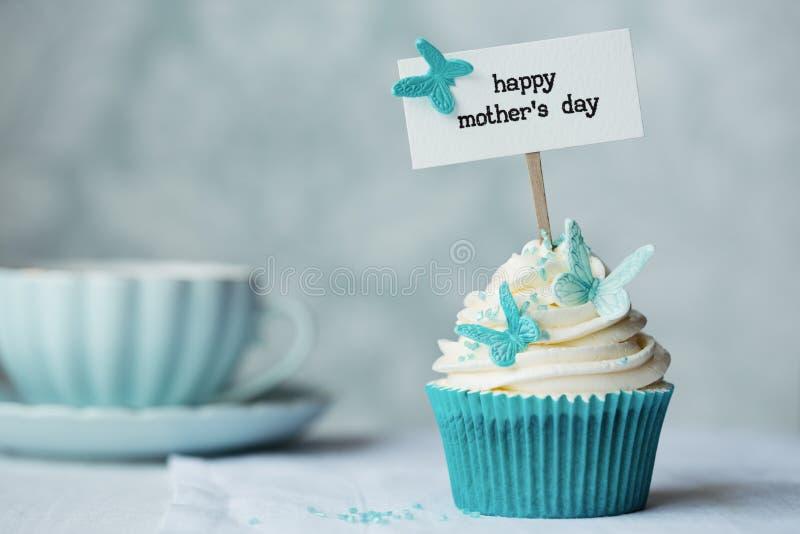 Moders muffin för dag arkivbild