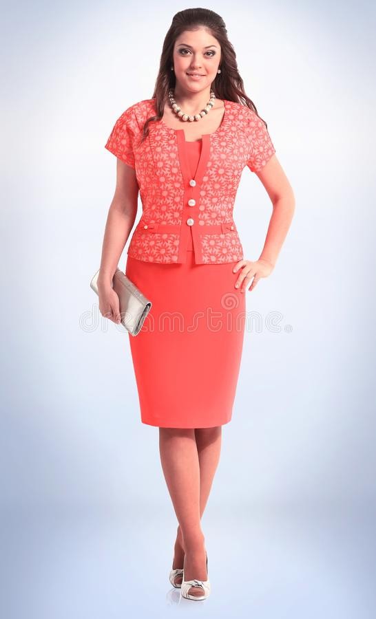 Modieus jong vrouwelijk model in rode de zomeruitrusting stock afbeeldingen