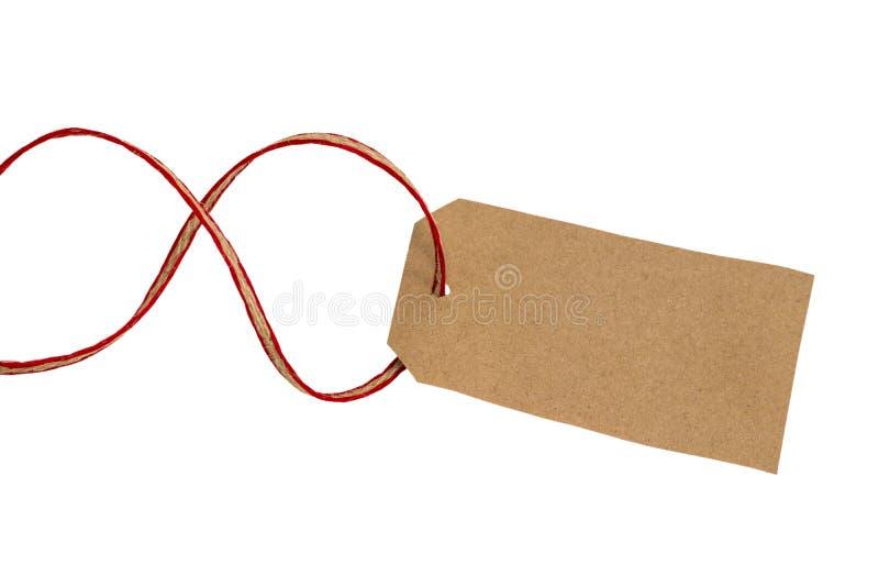 Modifica in bianco legata con stringa Etichetta di carta PR marrone in bianco del cartone fotografia stock libera da diritti