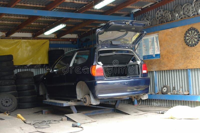 Modification de pneu images stock