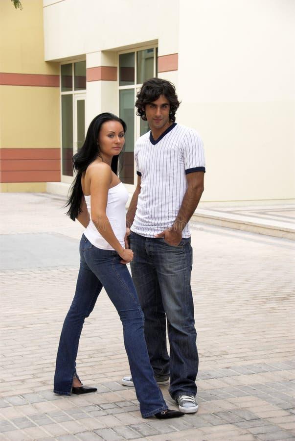 Modische Paare stockfotos