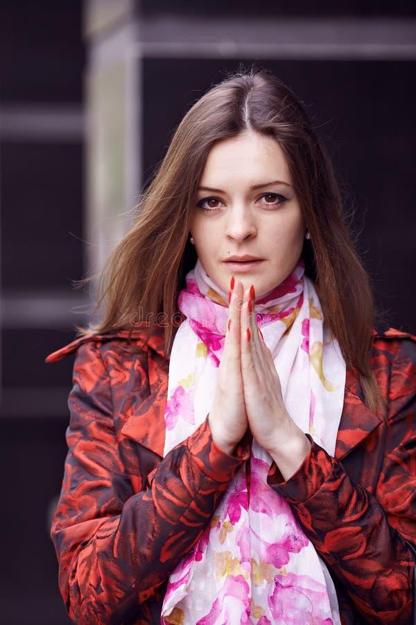 Modlenie dziewczyna obrazy royalty free
