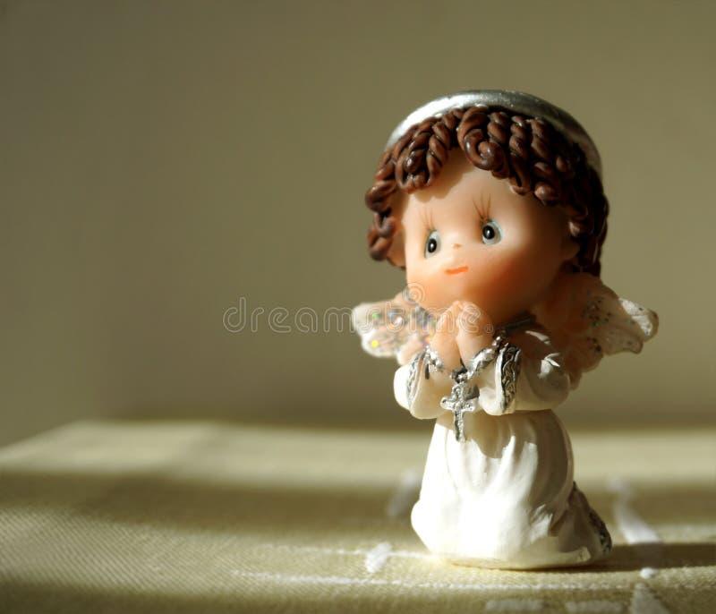 Modlić się ceramicznego anioła obrazy stock