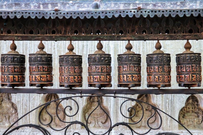 Modlitewni koła Swayambhu stupa zdjęcie royalty free