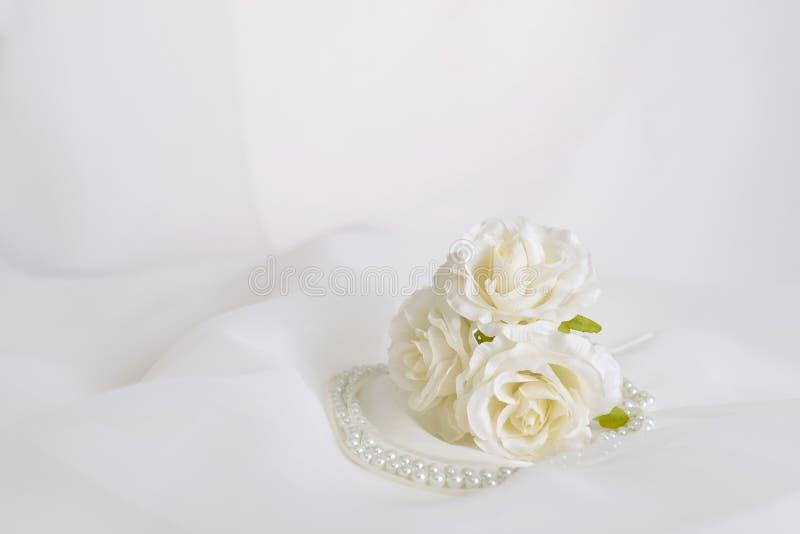 Modny akcesorium z kwiatami zdjęcia royalty free