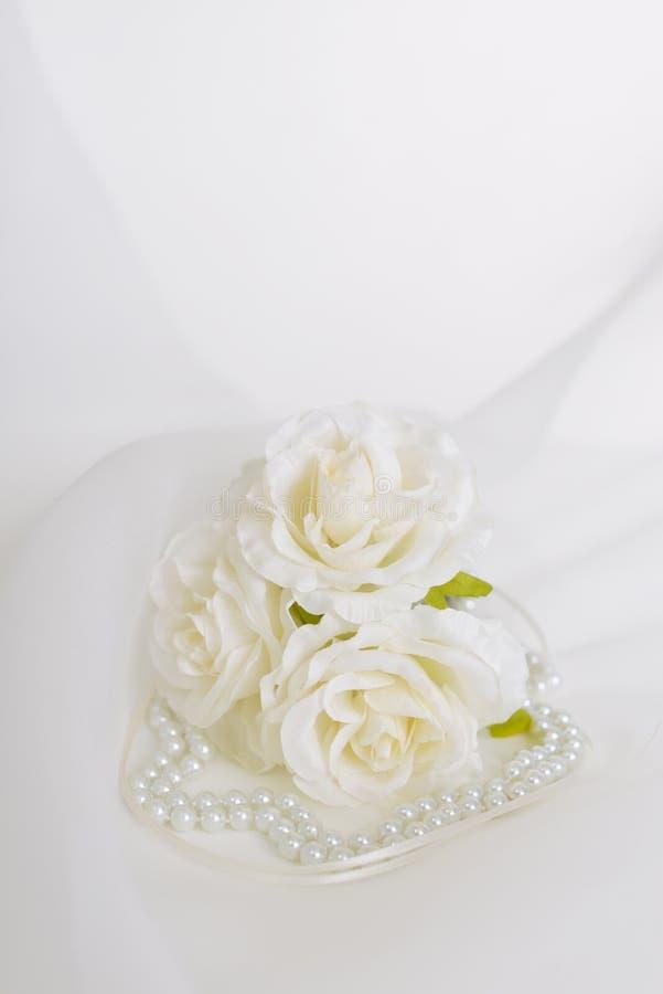 Modny akcesorium z kwiatami zdjęcie royalty free