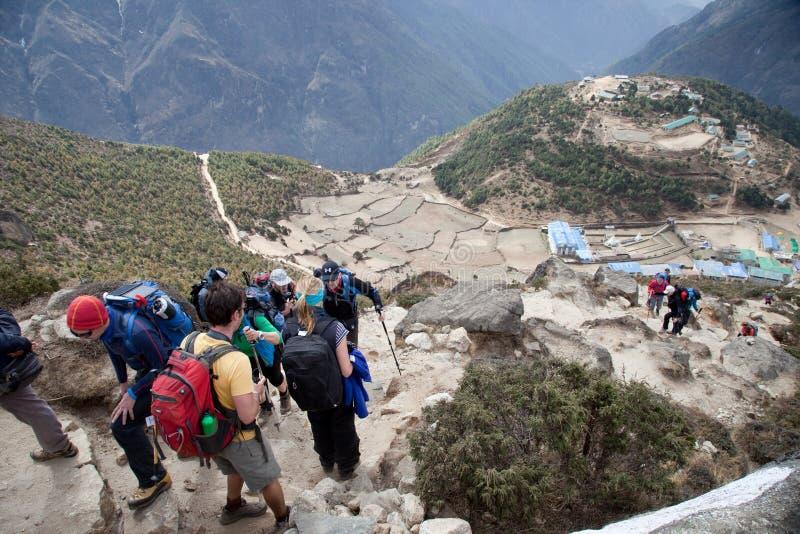Modo al campo base di Everest. fotografia stock libera da diritti